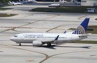 N14653 @ KFLL - Boeing 737-500