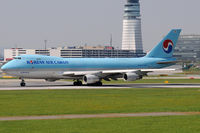 HL7403 @ VIE - Korean Air Cargo
