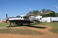 N28ST @ LAL - Cessna 208B