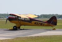 N37WY @ LAL - Aviat A-1C