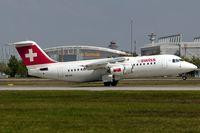 HB-IXS @ EDDF - departure via RW18W