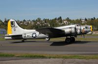 N390TH @ KBFI - KBFI C/N 8643-VE not as incorrectly posted in the FAA data 44-85734 the USAAF serial number.