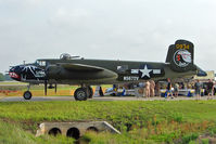 N5672V @ LAL - 1945 North American B-25J, c/n: 10847686 at 2011 Sun n fun