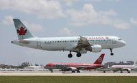 C-FFWN @ MIA - Air Canada A320