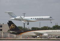 N502KA @ MIA - Gulfstream V