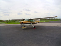 N1377M @ I19 - 1972 Cessna 172L - by Allen M. Schultheiss