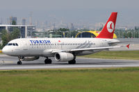 TC-JPE @ VIE - Turkish Airlines
