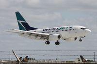 C-GWSJ @ MIA - West Jet 737-600