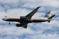 N676AW @ TPA - US A320