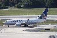 N14735 @ TPA - Continental 737