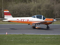 D-EEIP @ EBSP - Accelerating on rwy 05 for take off. - by Philippe Bleus