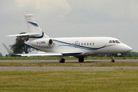 G-LSMB @ EGGW - 2004 Dassault FALCON 2000EX, c/n: 47 at Luton