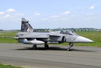 9245 @ LFQI - 211 ZTL machine at the 2011 Tiger Meet. - by Joop de Groot