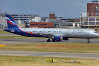 VP-BUM @ EGLL - Aeroflot's 2007 Airbus A321-211, c/n: 3267 at Heathrow - by Terry Fletcher