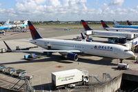 N199DN @ EHAM - Delta Air Lines - by Air-Micha