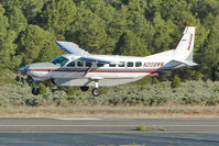 N208WW @ GCN - 1998 Cessna 208B, c/n: 208B0721 landing at Grand Canyon