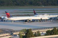 N585NW @ MCO - Delta 757-300