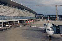 OE-LVN @ LSZH - Austrian Arrows Fokker 100