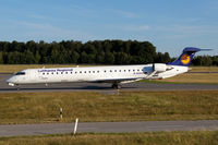 D-ACKC @ ELLX - taxying to the holding point RW24