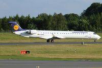 D-ACKK @ ELLX - departure to Muenchen via RW24
