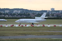 CS-DTB @ LFPB - on transit at Le Bourget - by juju777