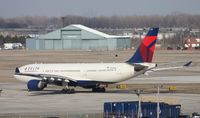 N852NW @ DTW - Delta A330-200