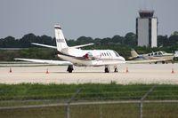 N656Z @ SRQ - Cessna 560