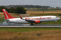 TC-TJI @ VIE - Corendon
