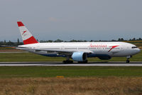 OE-LPC @ VIE - Austrian Airlines