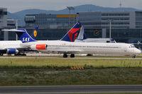 LN-RMM @ FRA - Scandinavian Airlines - by Chris Jilli
