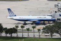 N452UA @ TPA - United A320