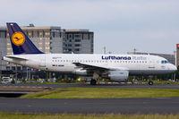D-AKNH @ LFPG - Lufthansa Italia - by Thomas Posch - VAP