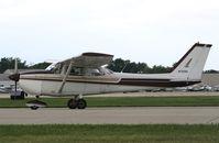 N7225G @ KOSH - Cessna 172K - by Mark Pasqualino