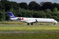 OY-KFF @ ELLX - departure via RW24
