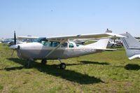 N210EA @ LAL - Cessna 210B