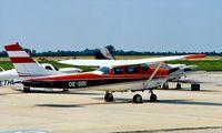 OE-DDI @ LOWW - Cessna 182F Skylane [182-54907] Vienna~OE 20/06/1995.
