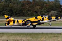 HB-RVV @ LFSB - decelerating after touchdown