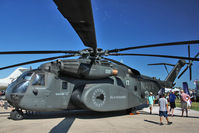 162504 @ OSH - Sikorsky MH-53E Sea Dragon, c/n: 65-516 at 2011 Oshkosh