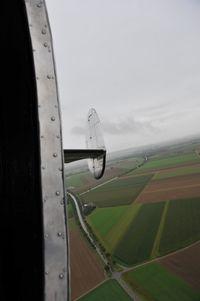 N45CF @ IN FLIGHT - Beech 18 Twinbee.com