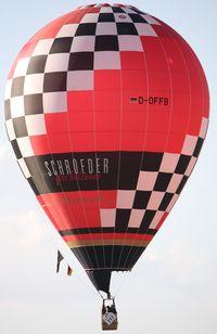 D-OFFB @ WARSTEIN - WIM 2011'Schroeder Fireballoons' - by ghans
