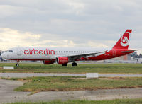 D-ALSD @ LFBO - Taxiing holding point rwy 32R after emergency landing... - by Shunn311