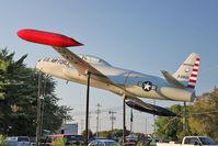 53-5905 - Preserved outside VFW Stoughton