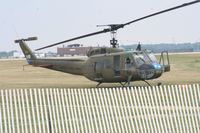 N624HF @ DAY - UH-1H