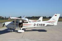 D-EHBM @ EDVE - Cessna 172R Skyhawk at Braunschweig-Waggum airport - by Ingo Warnecke