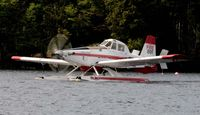 N8512L @ 52B - Taxiing on Moosehead Lake ME - by J.G. Handelman