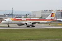 EC-HDS @ LOWW - Iberia - by Loetsch Andreas