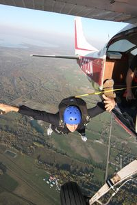 C-FEZN - Kiarash Jalili makes his first jump after four years he says. - by Parachute School Of Toronto Limited