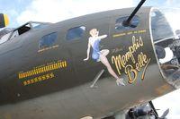 N3703G @ YIP - The Movie Memphis Belle