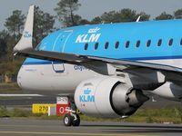PH-EZD @ LFBD - KLM to AMS - by Jean Goubet-FRENCHSKY