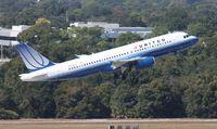 N439UA @ TPA - United A320